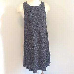Old Navy sleeveless swing dress